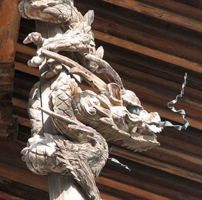 法隆寺・「金堂の龍」の作者と龍が彫られた理由