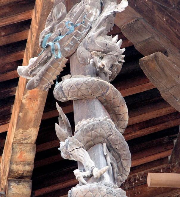 法隆寺・「金堂の昇り龍」