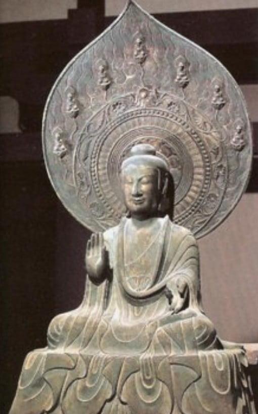 法隆寺(金堂)・薬師如来坐像(国宝)