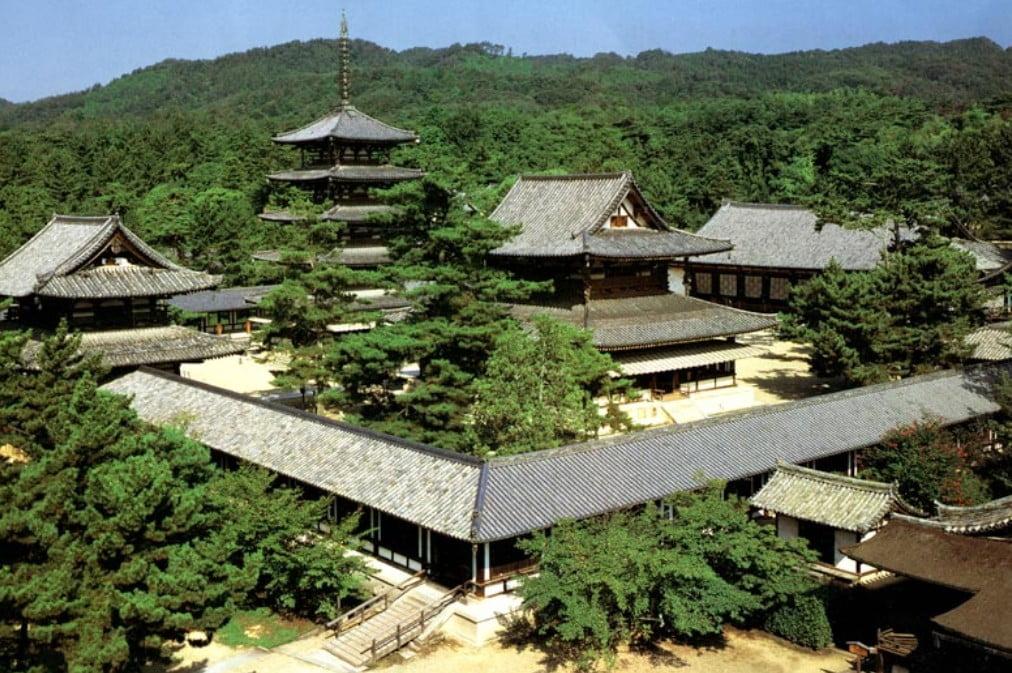 奈良・法隆寺(なら ほうりゅうじ)