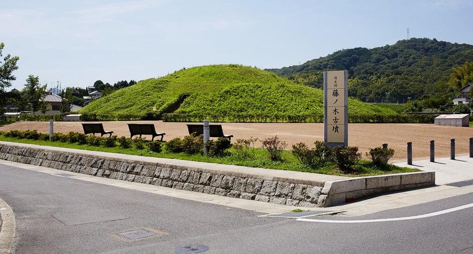 奈良県・藤ノ木古墳(ふじのき こふん)