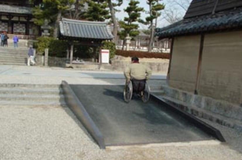 奈良・法隆寺の車椅子(バリアフリー)情報と「ベビーカーでも入場(拝観)できる?」