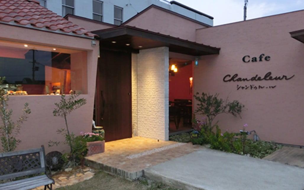 ところで・・法隆寺の付近・周辺でペット同伴可のお食事所ってある?