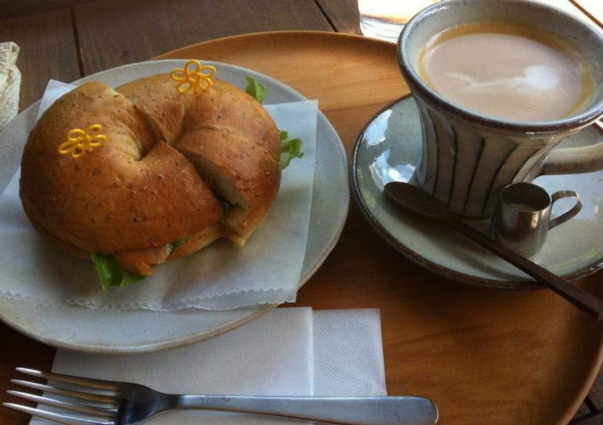 奈良「森緑カフェ」ベーグルサンド