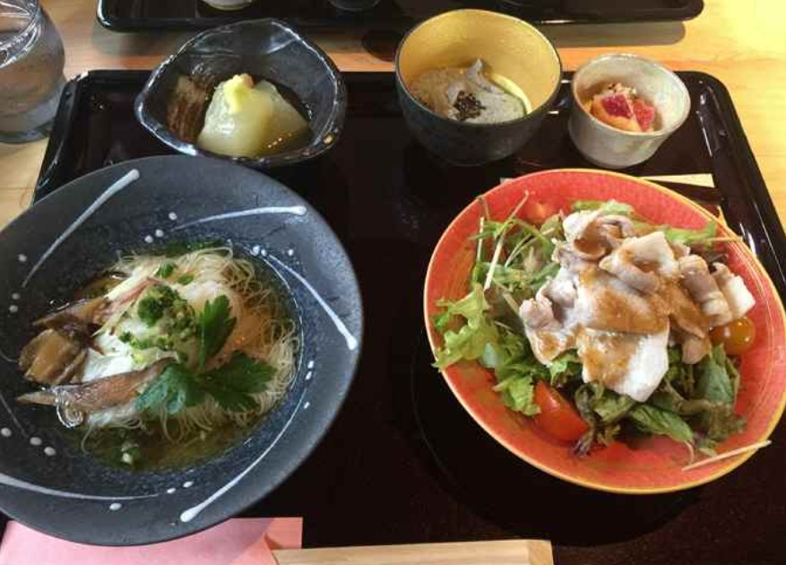 奈良 「法隆寺・布穀薗」