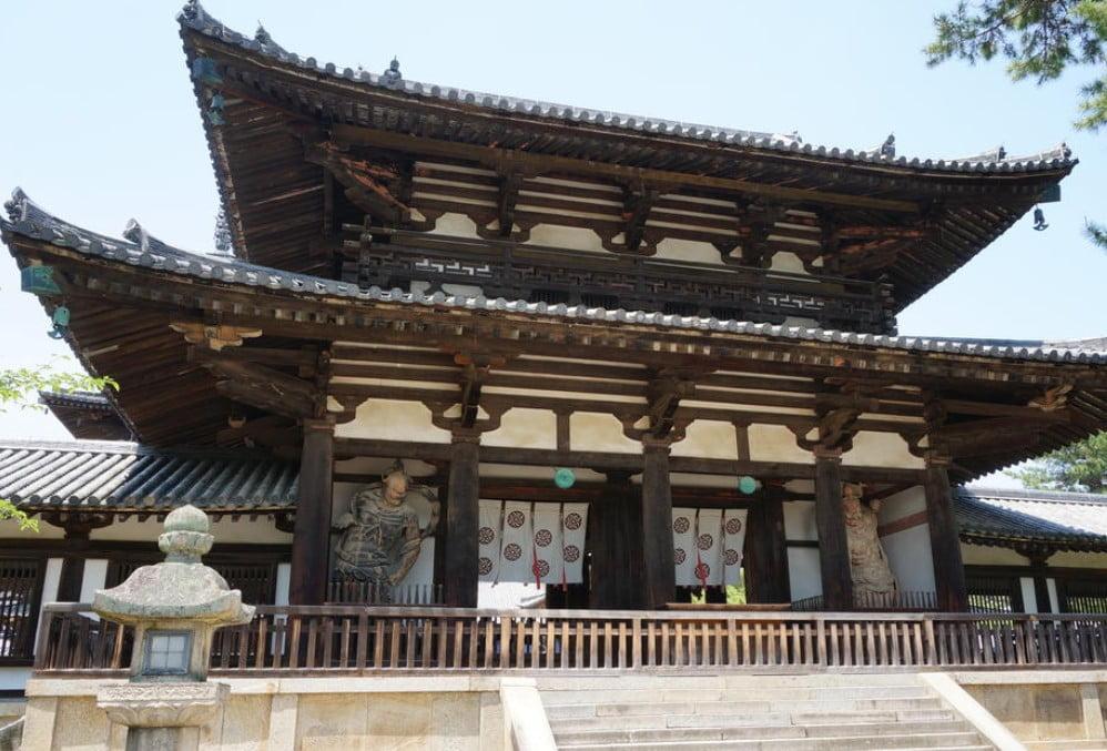奈良 法隆寺・中門(金剛力士像)【国宝】