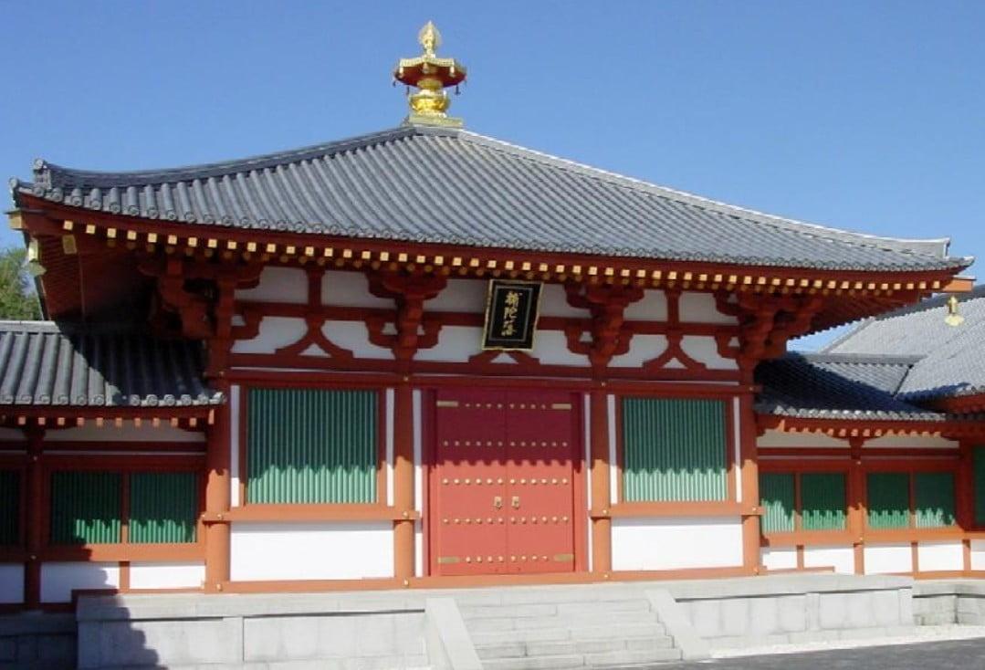 法隆寺・大宝蔵院と保管仏像(百済観音像・夢違観音像など) 一覧