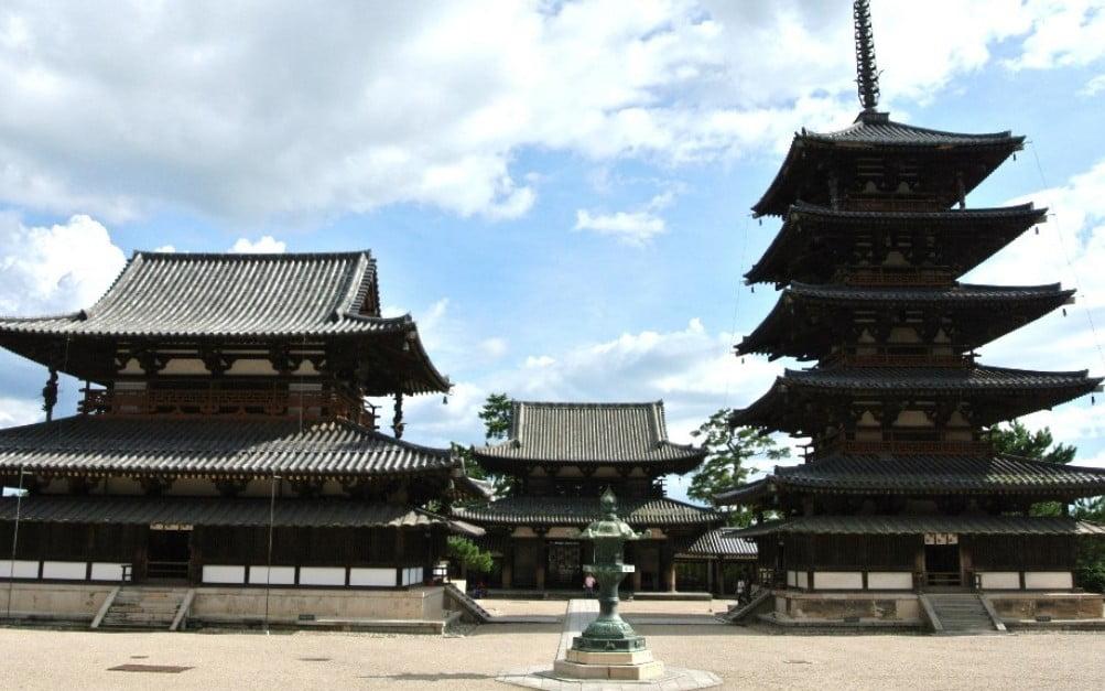 奈良 法隆寺・西院伽藍   奈良 ...